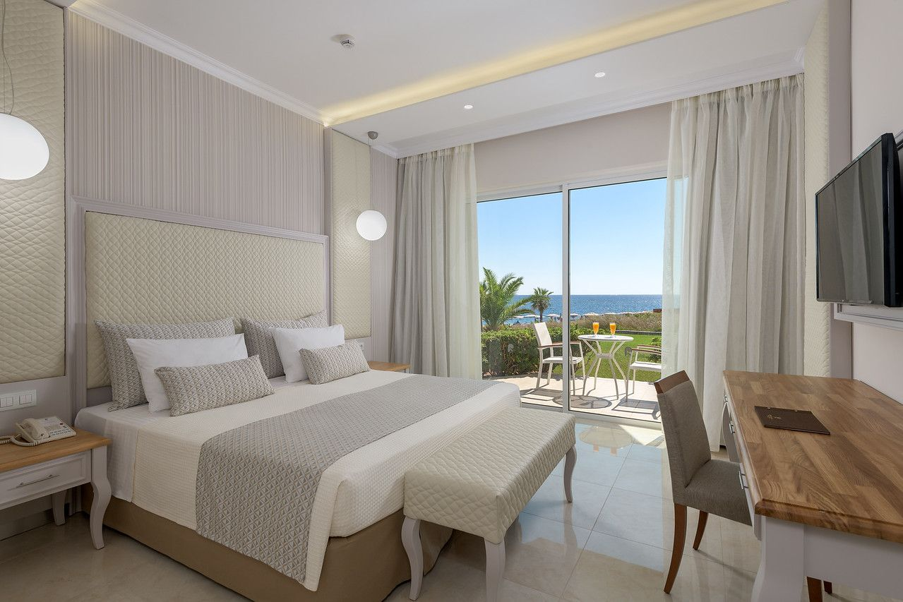172 RODOS PALLADIUM EXECUTIVE SUITE PRIVATE POOL BEDROOM-X2